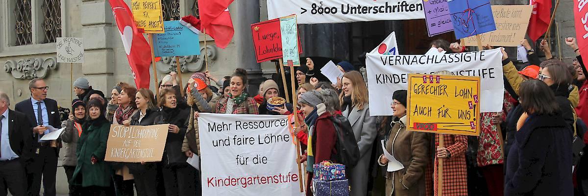 8'500 Unterschriften für Lohnklasse 19 auf der Kindergartenstufe